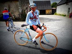 L'histoire de la bicyclette sur les routes d'Anjou.