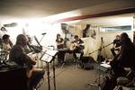 En répete au studio
