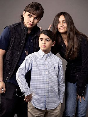 PRINCE PARIS & BLANKET