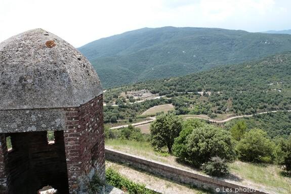 Le château de Bellegarde au Perthus dans les Pyrénées Orientales (66) – Les  photos de Véro