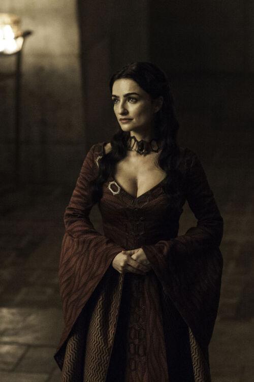Nouvelle prêtresse rouge saison 6