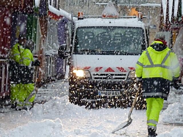 Vivre à Metz sous la neige Noël 17 mp1357 2010