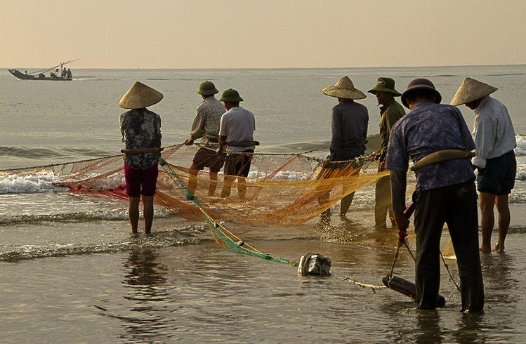 Rechauffons nous avec les pecheurs de Than Hoa