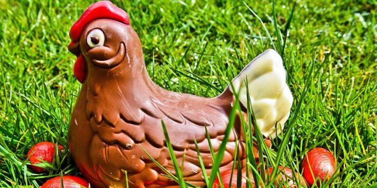 """""""La coutume d'offrir des œufs ou des lapins en chocolat est d'origine commerciale"""", souligne la Conférence des évêques de France sur son site."""