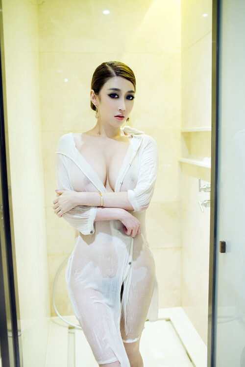 Profashional Independent Female Escorts Service in Pune
