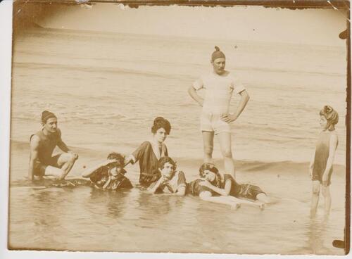 HISTOIRE FAMILLE ROSAS