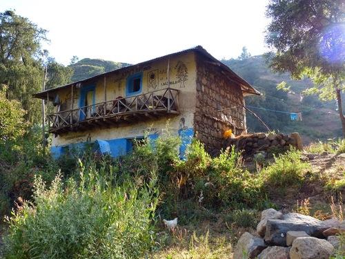 quelques constructions sur les hauteurs de Lalibela
