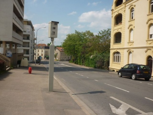 Radar à feu rouge avenue de Strasbourg (1 mai 2011)