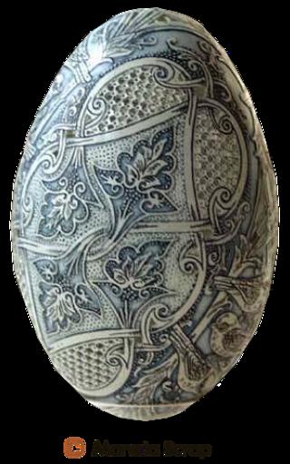 Pâques Pages 8 oeufs ciselés et décorés