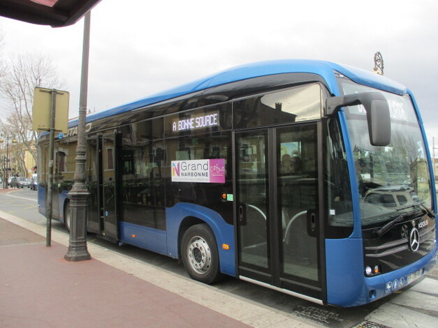 Un bus gratuit pour les emmener tous