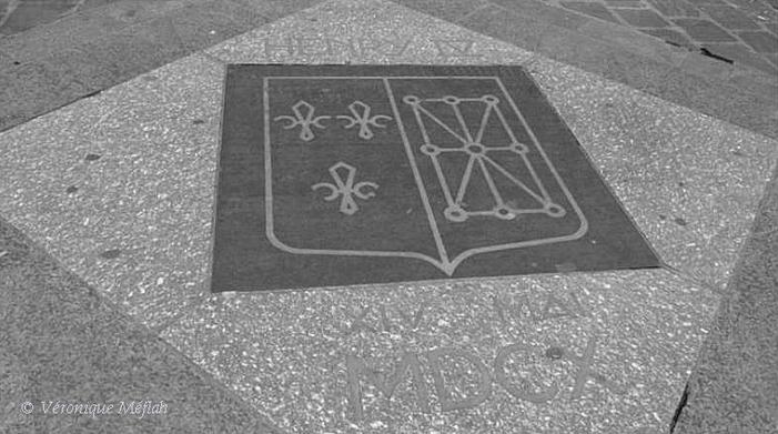 Un 14 mai 1610, rue de la Ferronnerie ( quartier les Halles )