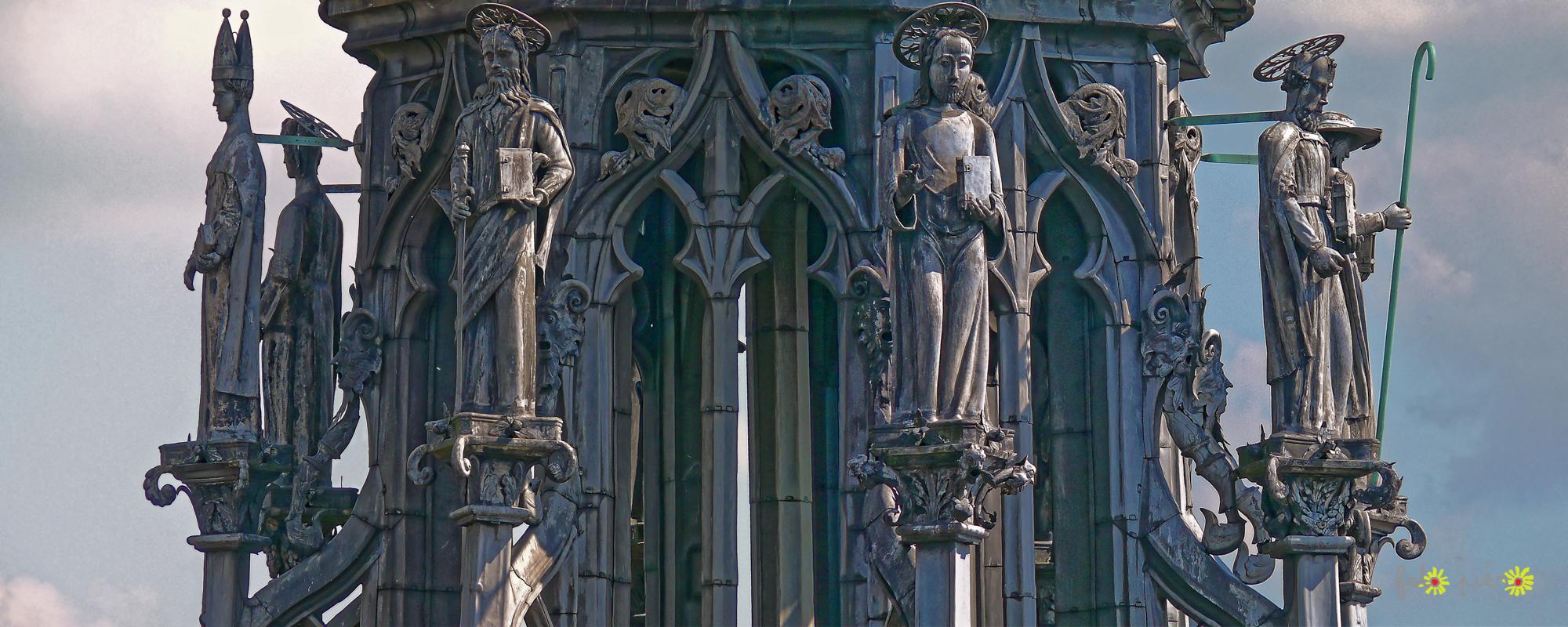 Détail de la flèche de la cathédrale d'Amiens, 2009.