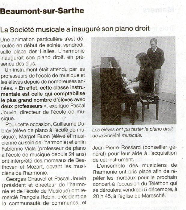 2014_11_La_Ste_Musicale_a_inaugure_son_piano_droit