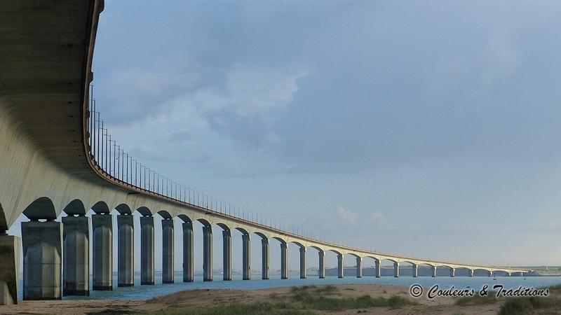 Ile de Ré , le pont