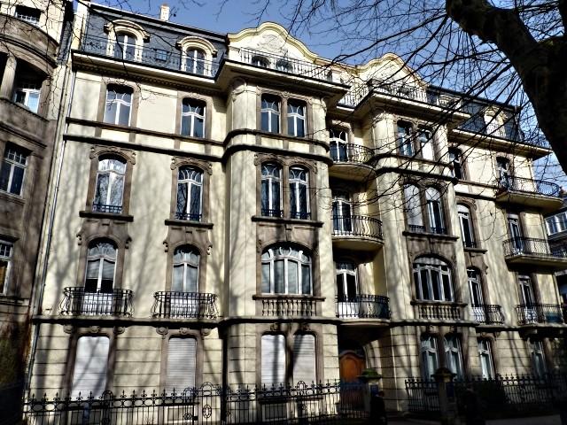 Avenue Foch de Metz 15 04 02 2010