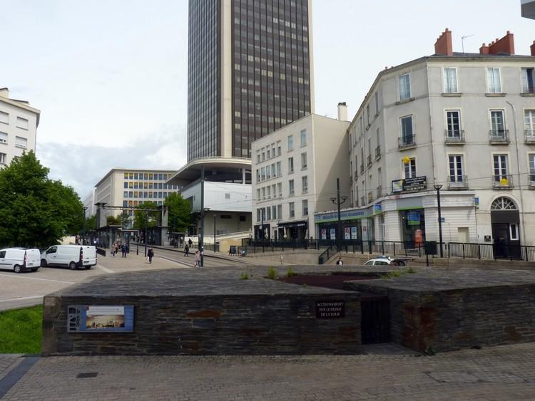 Vers la place Bretagne
