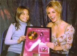 remise du disque d'or par Britney Spears