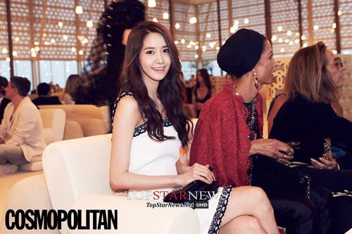 Yoona pour Cosmopolitan