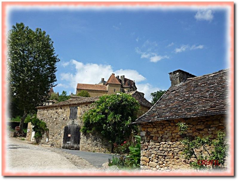Biron, le village