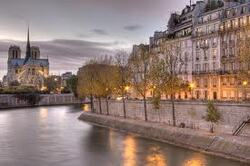 """"" PARIS - L'ILE SAINT LOUIS & ses bords de Seine."""""