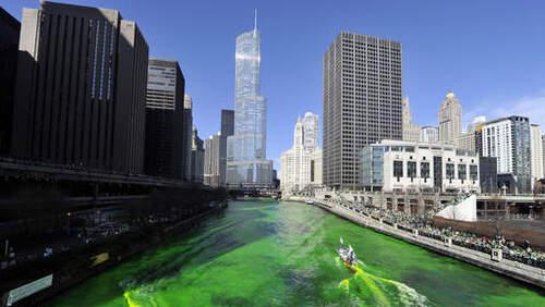Rivière Chicago à la Saint-Patrick