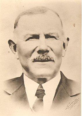 Auguste-Chiron-de-Viellevigne-1876-1956-001.jpg