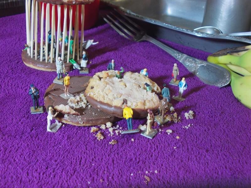 Aujourd'hui : Cosmos 1999 et Tagada pink, encore un temple avec des sucreries et des coockies