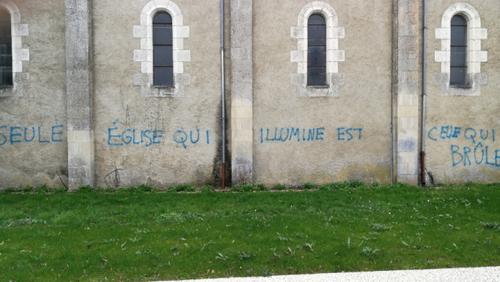 Eglise taguée...