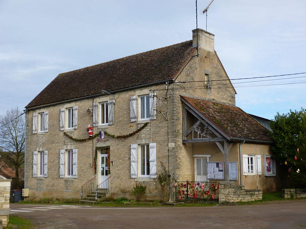 La mairie de Senailly.JPG