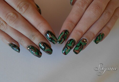Army Nail Art - Militaire
