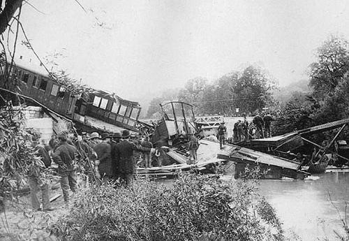 Déraillement d'un train en 1917