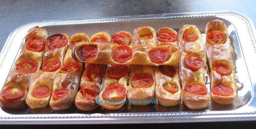 Sticks de fromage frais et tomates cerises