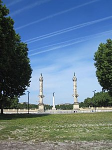 Bordeaux 2551