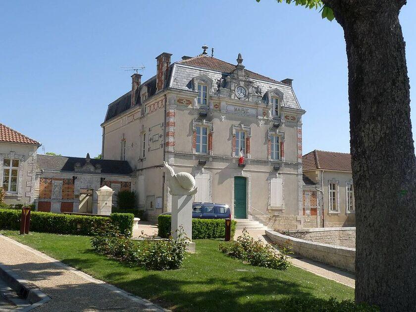 Villejesus mairie1.JPG