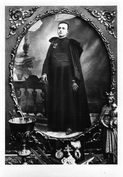 Le chanoine Acacie FARET curé de Catus