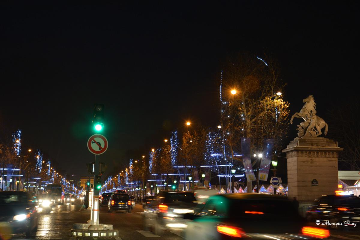Champs elysées illuminés