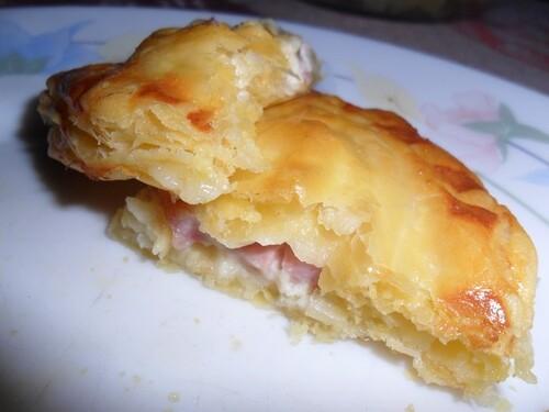 *** Chaussons au fromage blanc, jambon et chèvre ***