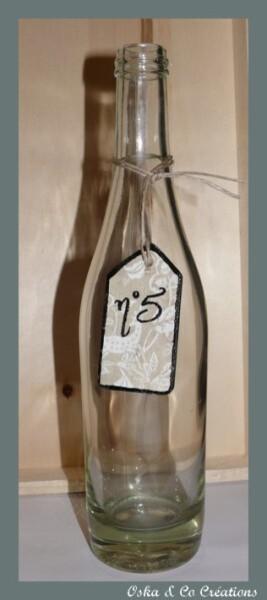 etiquette-bois-n-5-sur-bouteille-verre-oska---co-creatio.jpg