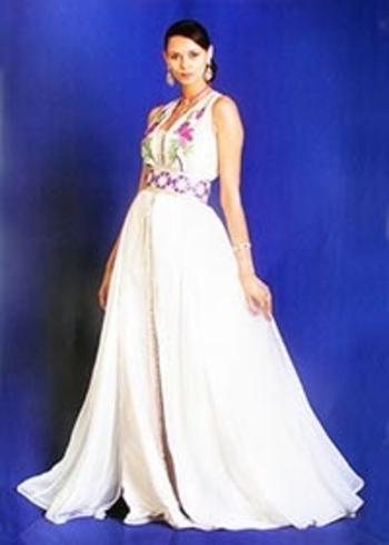 Takchita 2015 pas cher et sur mesure avec broderies haute couture pour mariage marocain avec caftan bustier TAK-S854