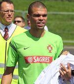 Real Madrid : Pepe ne souhaite pas que Benítez parte