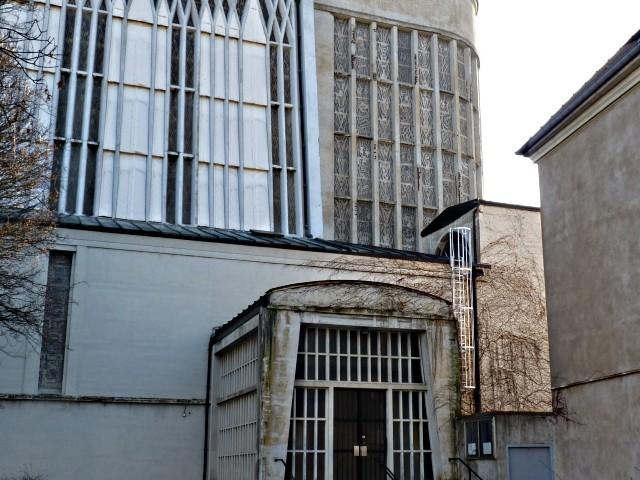 Eglise Sainte Thérèse de Metz 23 18 12 09