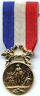 La Médaille des Actes de courage et de dévouement