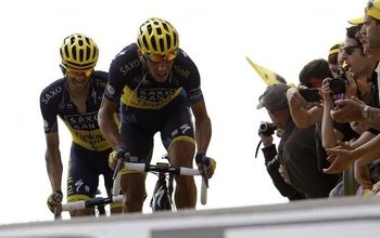 Contador en souffrance dans le Ventoux