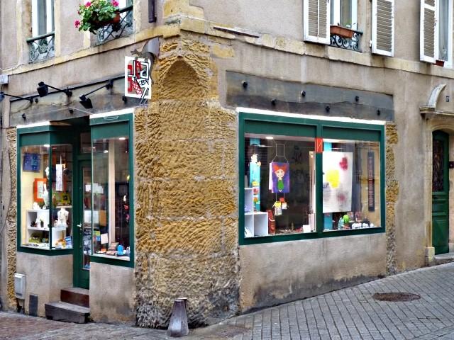 Vivre à Metz la commerçante 20 28 01 2010