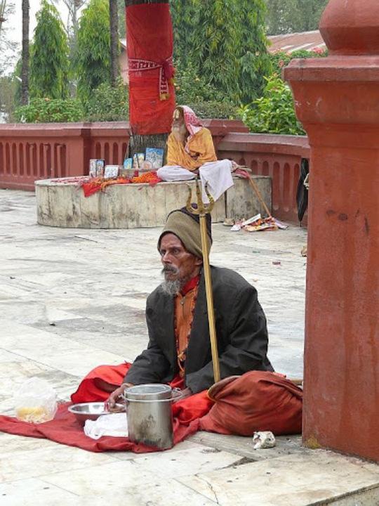 sâdhu dans un temple
