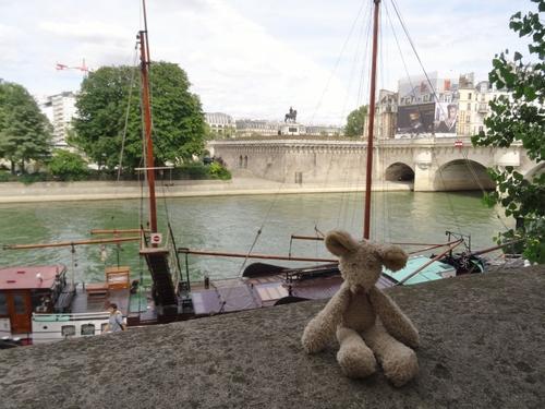 Minizup'tite qui se croit parisienne