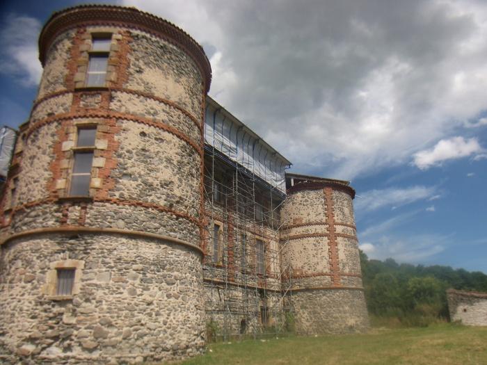 Le château de la Chaux-Montgros