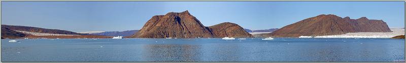 Un dernier coup d'œil sur le fond du Fjord Bowdoin avant de naviguer vers la prochaine étape, Savissivik - Groenland