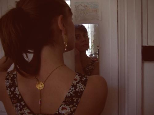 Le collier pour dos nu