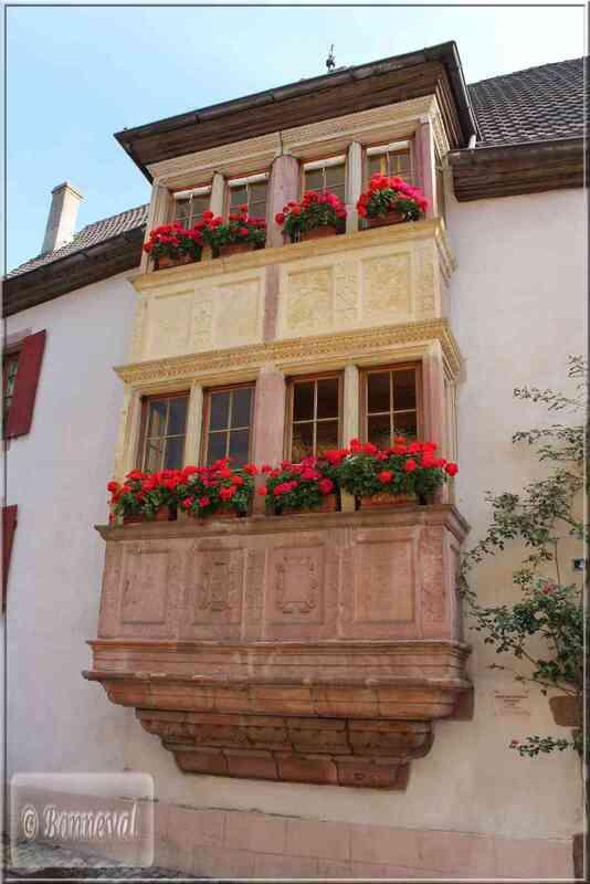 Alsace Route des Vins Turckheim  oriel de l'Auberge au Boeuf Rouge